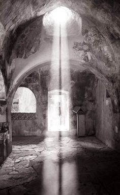 I love pictures where the light shines from a hole in the ceiling.