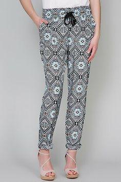 Pantalones bombachos con goma-elarmariodelatele