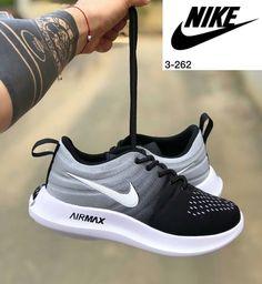 Colorful Shoes, Nike Free, Sneakers Nike, Fashion, Nike Tennis, Moda, Fashion Styles, Fashion Illustrations