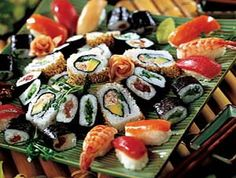 If left to my own devices, I could probably eat 50 pieces of sushi & sashimi without blinking an eye!