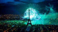 feu d'artifice du 14 juillet 2012 sur le sites de la Tour Eiffel et du Trocadéro à Paris vu de la Tour Montparnasse - Fireworks on Eiffel Tower by y.caradec, via Flickr