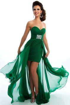 Modelos de vestidos de color verde jade
