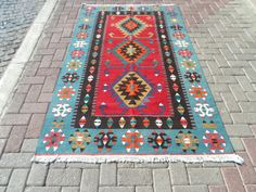 Vintage west Anatolian Uşak Region kilim rug handwowen wool on wool naturaly and vegitable colors 25-30 years old wased and ready to use Perfect