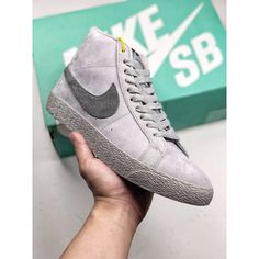 23af2d81f45 7504b-390600 Nike Blazer Sb Mid X Reigning Champ Defending Champion Heel  Cover Leather Is Stable With Reigning Champ Brand 3m R