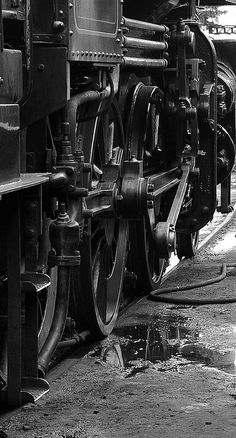 /by kgvuk #flickr #steam #engine