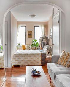 Behr Seaside Villa warm blush pink paint color in an apartment bedroom - 5thfloorwalkup. #behrseasidevilla #seasidevilla #pinkpaints #paintcolors