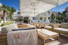 Comfy seats under umbrellas that are perfectly placed between the pool and the bar. We think of everything! http://www.oscarvillage.com/hotel-pools #Oscar #OscarHotel #OscarSuites #OscarVillage #OscarSuitesVillage #HotelChania #HotelinChania #HolidaysChania #HolidaysinChania #HolidaysCrete #HolidaysAgiaMarina #HotelAgiaMarina #HotelCrete #Crete #Chania #AgiaMarina #VacationCrete #VacationAgiaMarina #VacationChania #pool