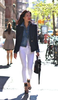 Navy blazer and white jeans.