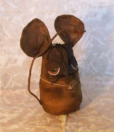 Finished Items _ Primitive Grungy Mouse_008