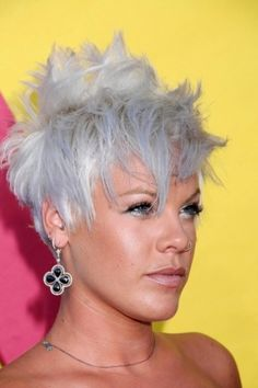"""Short, funky (grey) hair. One of my many """"funky beauty"""" crushes I'd never have the guts to do :).  Do it.... I have the guts!"""