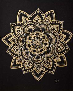 "Mandala-Kunst / Gold Mandala / Wandkunst / Blume Mandala / Meditation Symbol / handgefertigt … Mandala Art / Gold Mandala / Wall Art / Flower Mandala / Meditation Symbol / Handmade by Adi / "", Mini Mandala, Mandala Doodle, Mandala Drawing, Mandala Tattoo, Doodle Art, Mandala Symbols, Henna Mandala, Arm Tattoo, Sleeve Tattoos"