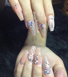 Bride nails✨ hechas por Fer para Elva #nails #nails2inspire #coffin #bridenails #vegasnay #nailswag