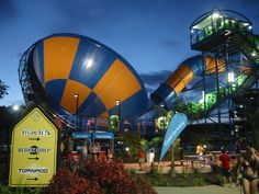 Visit the many theme parks at the Gold Coast