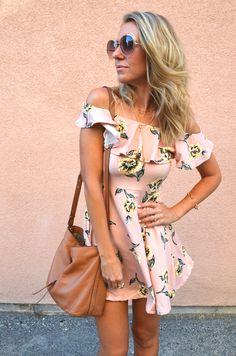 <img> Another Blush Pink Dress – Jaclyn De Leon Style Casual Summer Outfits, Stylish Outfits, Cool Outfits, Summer Dresses, Current Fashion Trends, Spring Fashion Trends, Summer Trends, Casual Dresses Plus Size, Blush Pink Dresses