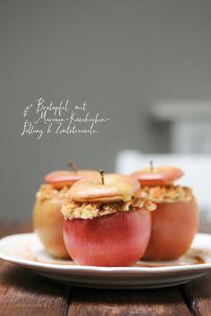Dreierlei Liebelei: Bratapfel mit Maronen-Käsekuchen-Füllung und Zimtstreuseln