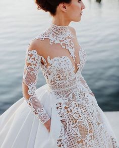 Quite partial to stunning dresses with incredible and intricate detail.  Captured by • @justinaaronweddings  Dress • @jatoncouture  #wedding #bride #weddingday #weddingdress #bridalgown #jatoncouture #weddinghair #bridalhair #weddingideas #weddinginspo #weddinginspiration