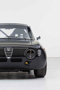 Alfa Romeo Junior, Alfa Romeo Giulia, Uber, Supercars, Classic Cars, Garage, Vehicles, Design, Cars