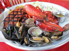 Sam's Chowder House – RV Travel Guidebook Half Moon Bay Restaurants, California Restaurants, Seafood House, House Restaurant, Fresh Oysters, Fresh Seafood, Half Moon Bay California, East Coast Style, Fried Calamari