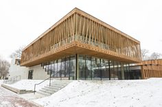 Six things about the new Jeanne Gang-designed Writers Theatre in Glencoe Architecture Concept Drawings, Green Architecture, Architecture Design, Cladding Design, Facade Design, House Design, Beautiful Buildings, House In The Woods, Patio
