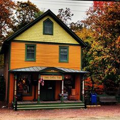 And did you know that the St. James General Store is the oldest continuously operating general store in the United States? | 61 Reasons Long Island Is Actually The Best Thing About New York