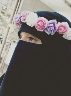 the Beauty of Hijab (+Niqab) ::::☝️ﷺ♔❥♡ ♤✤❦♡ ✿⊱╮☼ ☾ PINTEREST.COM christiancross ☀ قطـﮧ‌‍ ⁂ ⦿ ⥾ ❤❥◐ •♥•*⦿[†] :::: +++ أبو ورده )الشبشب