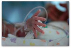 Confessions of a Preemie: How I am different than a Full Term Baby - I love this! A great way to explain to those who don't understand why a preemie sleeps so much, or reacts a certain way to stimulation, and how best to interact with a preemie.