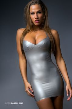 sexylatexmodels:   latex girls, latex catsuits girls from  latex blog. Chelsea Dylann