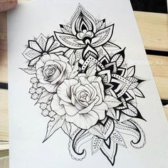 dessins de tatouage 2019 Right thigh - Tattoo Designs Photo Rose Tattoos, Body Art Tattoos, Girl Tattoos, Sleeve Tattoos, Tatoos, Paisley Tattoos, Henna Tattoos, Mandala Tattoo Design, Flower Tattoo Designs