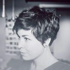 Impressive Short Hair Styles: Short Hair Styles For Women Over 40