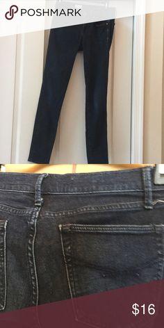 Gap 1969 legging Jean. Size 26/2 Gap dark legging Jean. 1969 nice stretch. Size 26/2 GAP Pants Skinny
