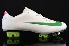 Nike soccer shoes are the most major footwear favored in the field of soccer and all other common sports