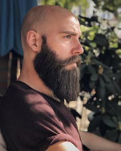 Looking to combine bald with beard styles? The good news is that you aren't alone! More and more men are trying one style or another. This gives you a lot of bald with beard styles to choose from. Trimmed Beard Styles, Faded Beard Styles, Long Beard Styles, Beard Styles For Men, Hair And Beard Styles, Viking Beard Styles, Bald Men Styles, Modern Beard Styles, Bald Men With Beards