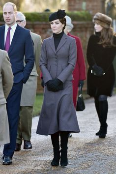 Kate Middleton: 100 mejores looks http://stylelovely.com/galeria/kate-middleton-100-mejores-looks/