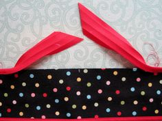"""Joining to finish. Working with 1/4""""-wide double-fold bias tape (Part 3)"""