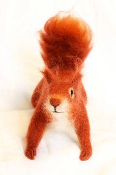 Nadel Filz Europäisch Eichhörnchen SoftSkulptur von YvonnesWorkshop, $120.00