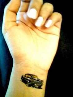 car-tattoo-822668109.jpg (450×600)