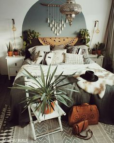 Bohemian interior design permits us to feel comfy in our very own room, setting ., Bohemian interior design permits us to feel comfy in our very own room, setting . Bohemian Interior Design, Bohemian Bedroom Decor, Diy Interior, Home Decor Bedroom, Modern Bedroom, Master Bedroom, Modern Interior, Bohemian Apartment, Contemporary Bedroom