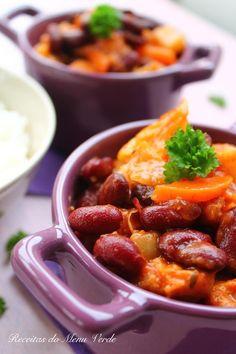 Feijoada Vegetariana - Vegetarian Portuguese bean stew (recipe in Portuguese and English)