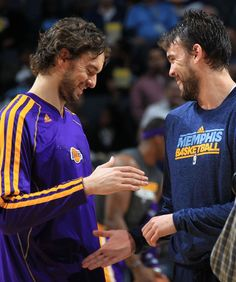 November 23, 2012 - Brothers Los Angeles Lakers forward Pau Gasol and Memphis Grizzlies center Marc Gasol greet on court prior to tip off Friday evening at the FedExForum. (The Commercial Appeal/ Nikki Boertman)