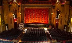 The 33rd Annual Music Box Christmas Double Feature & Sing-A-Long | Music Box Theatre