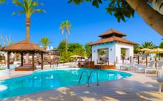 Boutique Hotel White Suites - Adults Only, Playa Blanca, Spanien Lanzarote Hotels, Winter Sun Holidays, Canary Islands, Boutique, Tenerife, Holiday Destinations, Strand, Resorts, Mansions