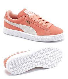 Tendance Chaussures 2017  2018   Description Le produit du jour est une  paire de baskets femme couleur corail de la marque PUMA. Cette paire de  chaussures ... 3996890553cb