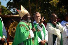 Five fingers (Archbishop Chimoio OFM)   Bhubesi
