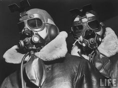B-17 Flying Fortress bomber a radio operator & an engineer. WW2 lids.