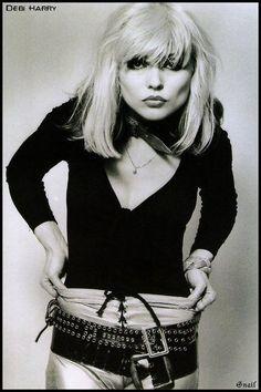 Provocative Blondie