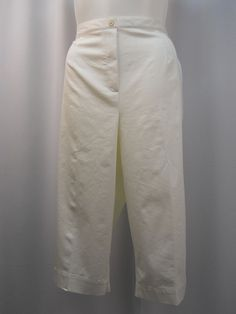 47580218105 Alfred Dunner White Embroidered Pocket Cuff Elastic Straight Legs Capris  Size 20