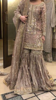 Pakistani Fashion Party Wear, Pakistani Wedding Outfits, Pakistani Bridal Dresses, Pakistani Dress Design, Bridal Outfits, Nikkah Dress, Shadi Dresses, Pakistani Formal Dresses, Indian Dresses