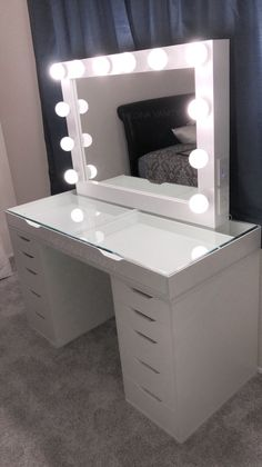 Hollywood Dream Vanity Mirror + Zara Vanity Table bundle with 2 dresse - Medina Vanity Vanity Makeup Rooms, Makeup Room Decor, Vanity Room, Vanity Mirrors, Diy Vanity Table, Makeup Vanities, Diy Vanity Mirror With Lights, Beauty Vanity, White Vanity Table