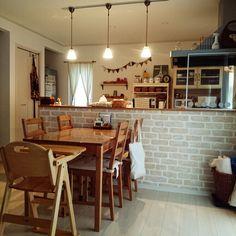 maaさんの、部屋全体,IKEA,ダイニングテーブル,ペンダントライト,キッチンカウンター,ライティングレール,レンガ壁紙,リリカラ,のお部屋写真