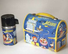 A Jetsons vintage metal lunch box, y'all. Made by Aladdin in This one is from the Smithsonian's National Museum of American History collections. How cool is decorating before and after design ideas home design house design Lunch Box Thermos, Vintage Lunch Boxes, Cool Lunch Boxes, Metal Lunch Box, Lunch Bags, Vintage Metal, Vintage Toys, Vintage Stuff, Retro Vintage